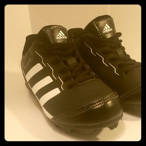 Boys Soccer Cleats - Adidas Sz 11